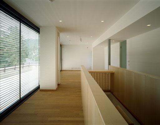 Fitnessraum Dachgeschoß mit Treppenaufgang / Foto © G. Zugmann
