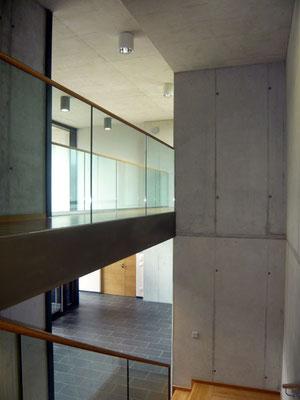 Neues Stiegenhaus - Foto © Knauer Architekten
