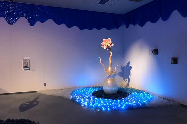 2018年 大垣展  約200㎡の大型インスタレーション作品『セロ深海の不思議な生き物たち』展示風景