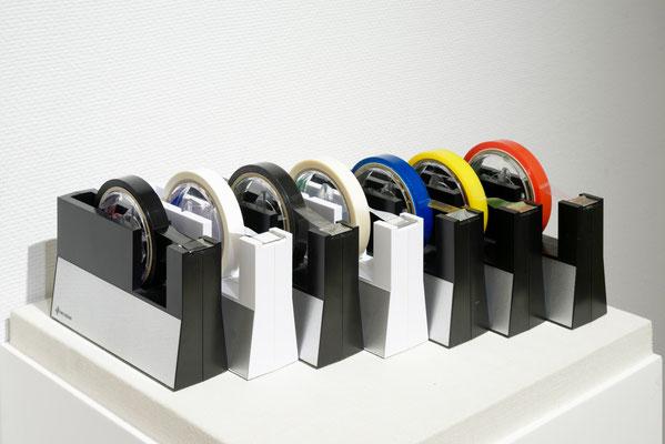 ニチバン株式会社がセロテープアート®作家 瀬畑 亮のために特注製造している「特注カラーセロテープ」。