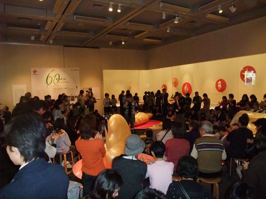 2008年 練馬区立美術館 アーティストトーク&ワークショップ風景