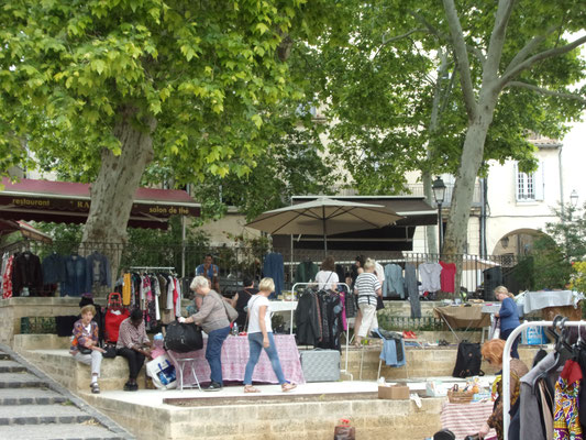 St Roch-Ecusson- Montpellier - Vide grenier 26 mai 2018- Photo JM Quiesse
