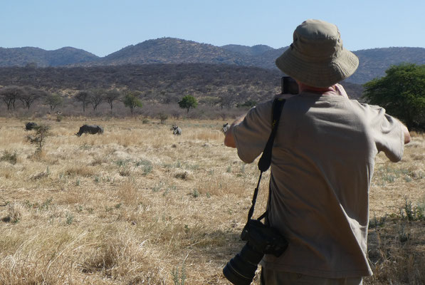 Rhino-Walk in Ghaub/Otaviberge