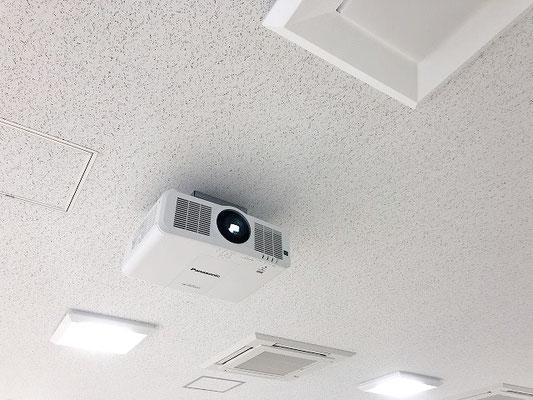会議室用AV設備(新潟市東区)の「ハイエンドプロジェクター」