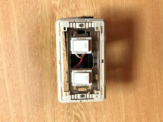 電気スイッチ交換の様子。その1【新潟】