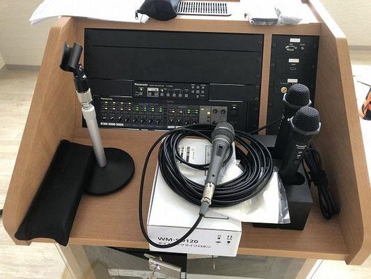 会議室用AV設備のAVワゴン(上部拡大)