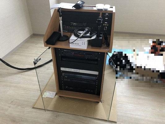 会議室用AV設備のAVワゴン
