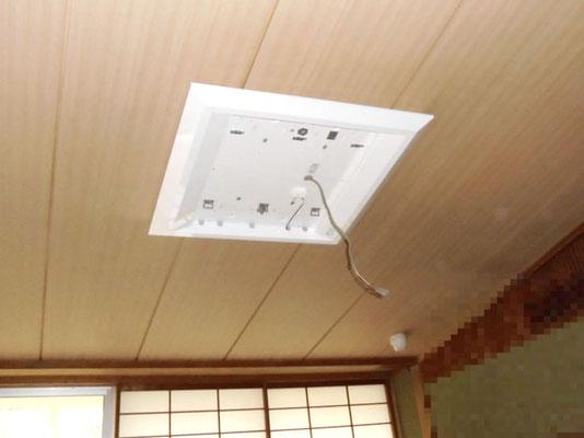 新しく交換取付したLEDタイプの照明器具