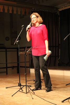 Begrüßung der Ehrengäste durch Chorsprecherin Tanja Mucha