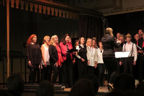 Sing'n'Swing und Cosi fun tutti,  Jubiläumskonzert  im Tattersall, in Wiesbaden