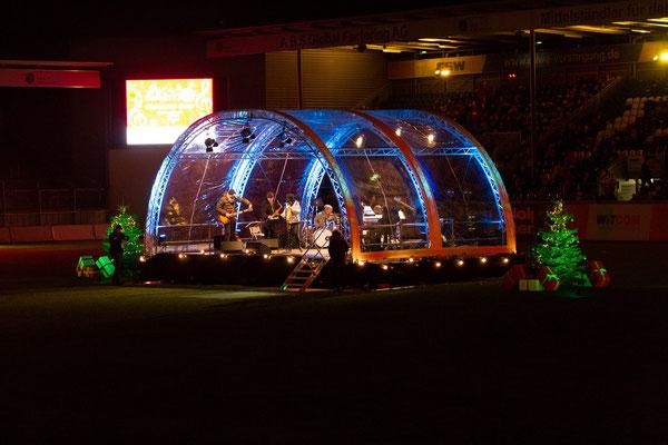 WIESBADEN SINGT Weihnachtslieder in der BRITA Arena 2017