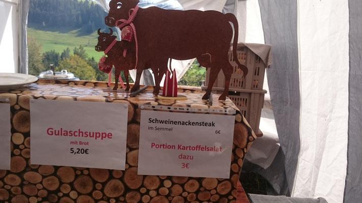 Auch dies ist im Allgäu möglich :-) Fensterdeko in der Alpe Mohr in Oberstaufen (Wolfgang)