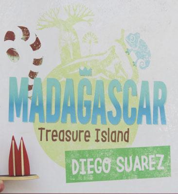 Willkommen auf Madagaskar (wo übrigens die Palmen herkommen, die auf Mauritius wachsen)