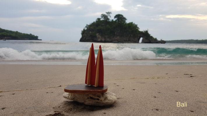 Indonesien: Bali, Strand Crystal Bay auf Nusa Penida (Nina)