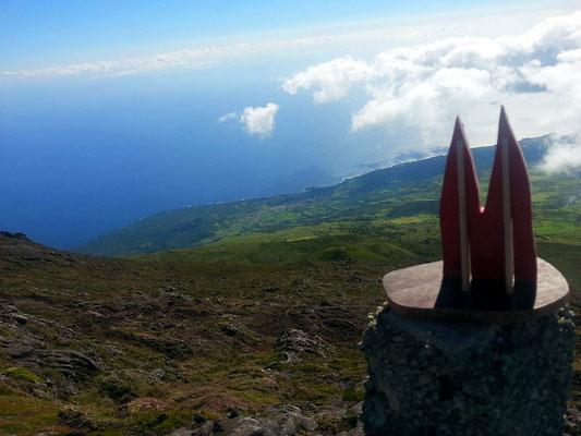 Azoren, Insel Pico, auf halben Weg zur Spitze von Portugals höchstem Berg, dem gleichnamigen Pico. (Phil)