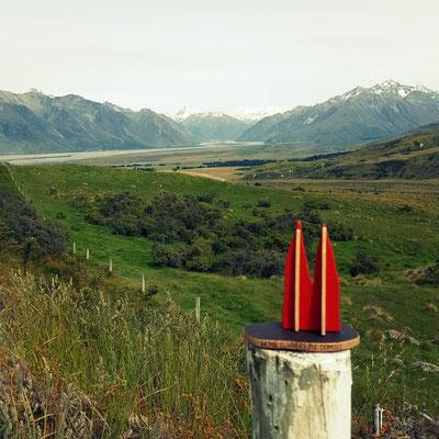 Neuseeland, Erewthon Park, Mt Sunday. Drehort für Edoras, die Stadt der Reiter von Rohan aus Herr der Ringe. Die 25 km Schotterpiste lohnen sich. (Phil)