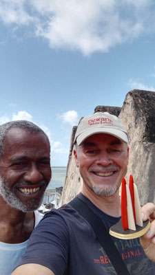 Afrika, Ghana: Grüße von Hubi (3 Ahle un 'ne Zivi)
