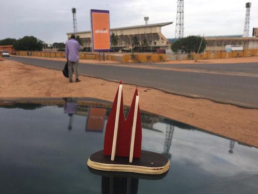Afrika, Gambia: Stadion von Serekunda (Annabelle)