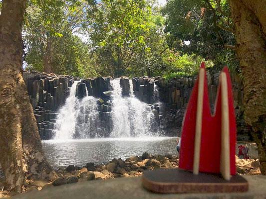 Mauritius, Tamarind Falls. Auf der Insel werden u.a. auch Canyoning-Touren angeboten, unter www.verticalworldltd.com gibts viele Angebote. (Stevie&Angie)