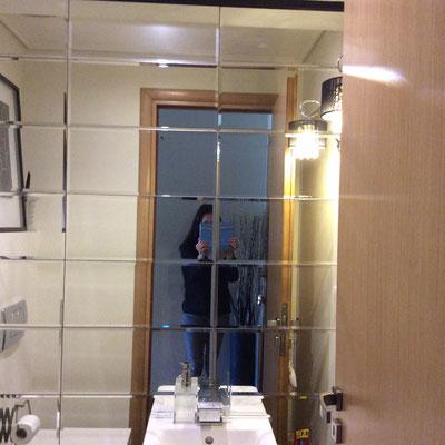 Καθρέφτης μπιζουτέ για το μπάνιο, καθρέπτης παζλ για το μπάνιο Ιορδανίδης Τζάμια κρύσταλλα καθρέφτες