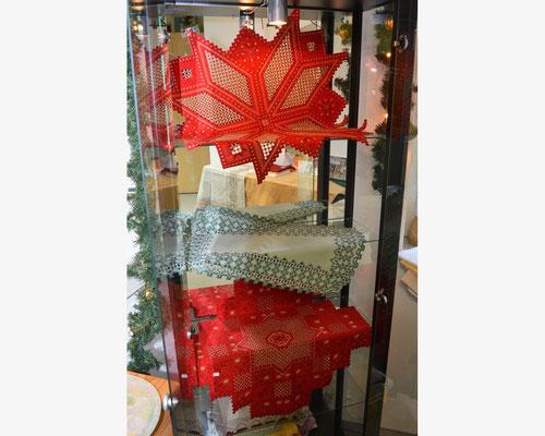 gestickte Weihnachtsschätze