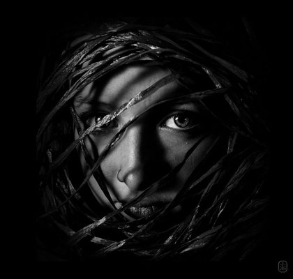 to look ahead../sales by Getty Images    http://www.gettyimages.at/Search/Search.aspx?assettype=image&family=creative&artist=portrait%2C+emotion%2C+people%2C+art%2C