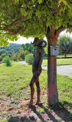 aries, Skulptur aussen, lebensgross