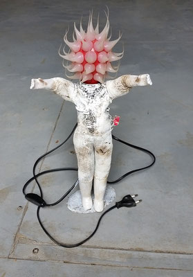 helferlein, Leuchtskulptur, ca. 35cm