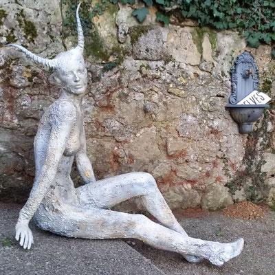 la faun, Skulptur aussen, lebensgross