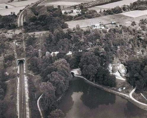 La colline de Chalifert (tunnels du train et du canal)