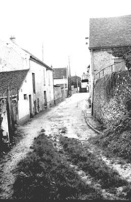 A gauche l'ancien atelier du père de Braille (démolie pour un parking)