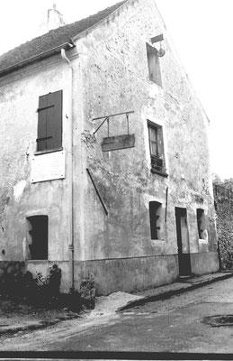 Maison de Loyuis BRAILLE