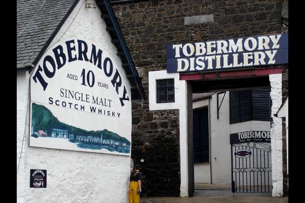 Tobermory hat natürlich auch eine Destille