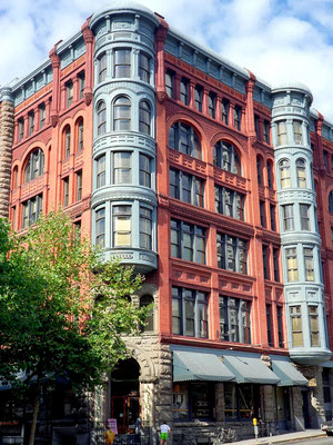 Haus am Pioneer Square in seattle, Wa. (1995)