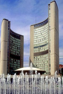 Das Rathaus von Toronto, Onario, Kanada (Dia-Scan)