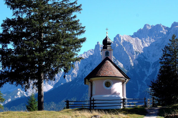 Bergkapelle bei Mittenwald (Sony HX5V)