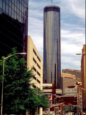 Peachtree Plaza Hotel in Atlanta, Ga.