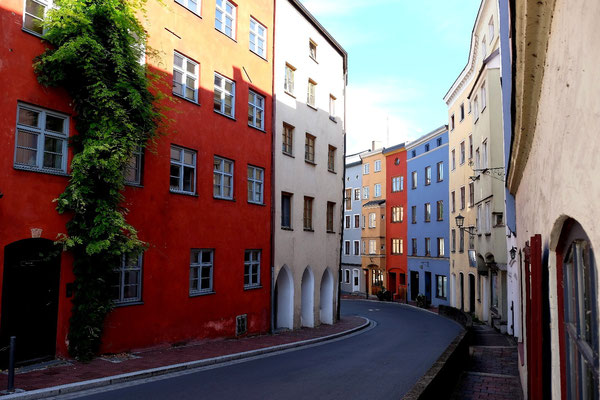 Die Schlossstrasse in Wasserburg am Inn
