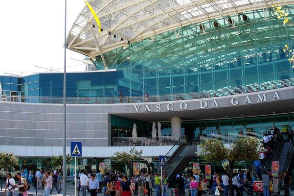 Einkaufszentrum im Park der Nationen