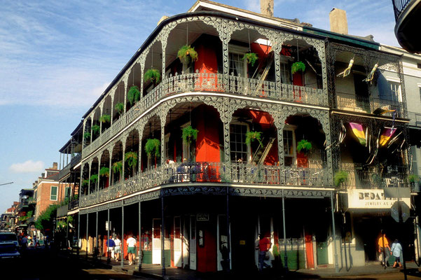 The Royal Sonesta Hotel in der Bourbon Street in New Orleans