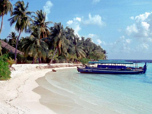 Traumhafte Strände und Korallenriffe auf den Malediven