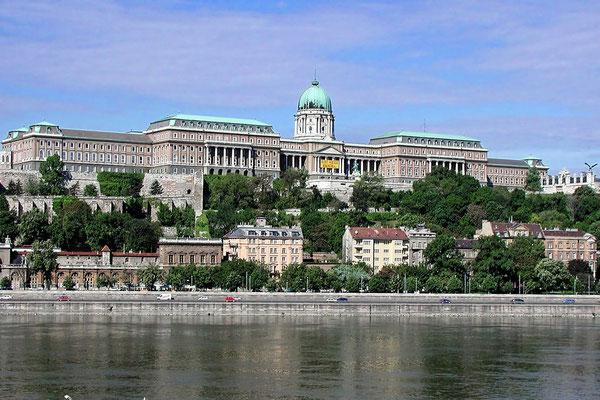 Der Burgberg in Budapest (Sony W12)