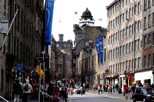 Die Royal Mile in Edinburgh, Schottland (Dia-Scan)
