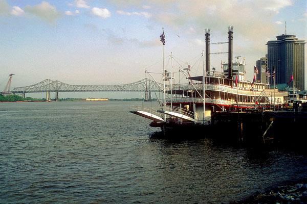 Am Hafen von New Orleans