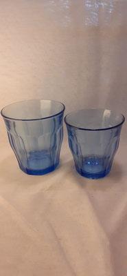 167. Blauw Waterglas, klein en groot  €2,50 en  €3,-