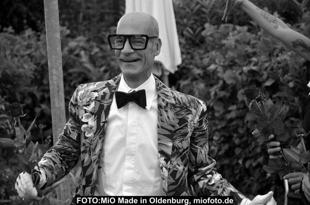Ralf Scherrer,FOTO:  MiO Made in Oldenburg, miofoto.de, Oldenburg Aktuell, Veranstaltungen Oldenburg, Konzerte Oldenburg, EWE Baskets Oldenburg,Corona-Pandemie Oldenburg, Fussball Bundesliga,  Miss Wahlen, Konzert-,Event-& Fashionfotografie,