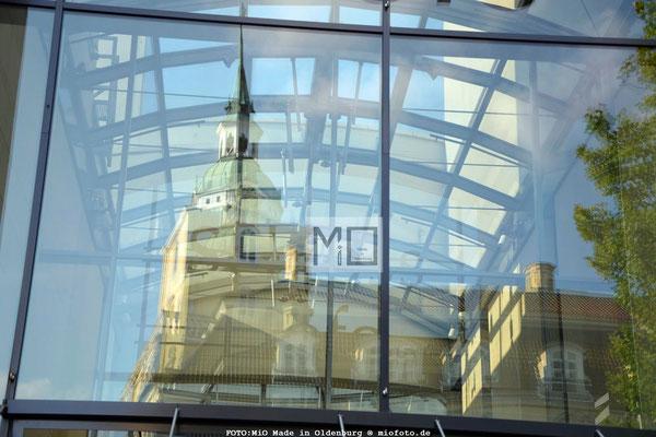 Oldenburg IM SPIEGEL; FOTO: MiO Made in Oldenburg®, miofoto.de Veranstaltungen & Konzerte nicht nur in Oldenburg,  Sport-,Konzert-,Event-& Fashionfotografie, Streetfoto