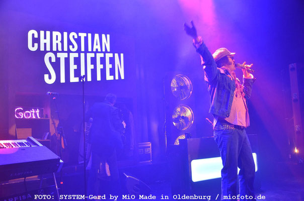 Gott of Schlager Christian Steiffen, FOTO: SYSTEM-Gerd by MiO Made in Oldenburg / miofoto.de