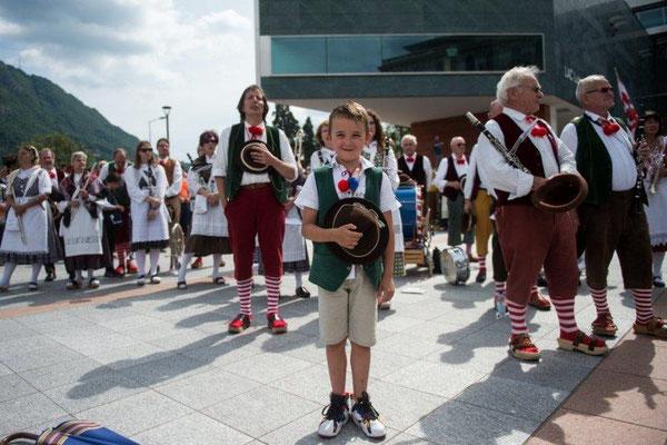 2016 Festa federale dei cori in costume Lugano - giovane patriota