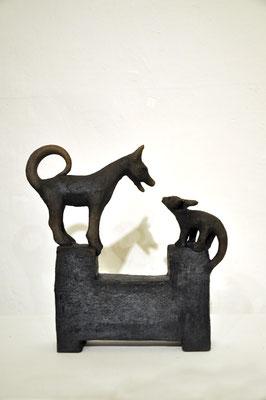 Spielende Hunde  (Keramik,Rakubrand,2013)